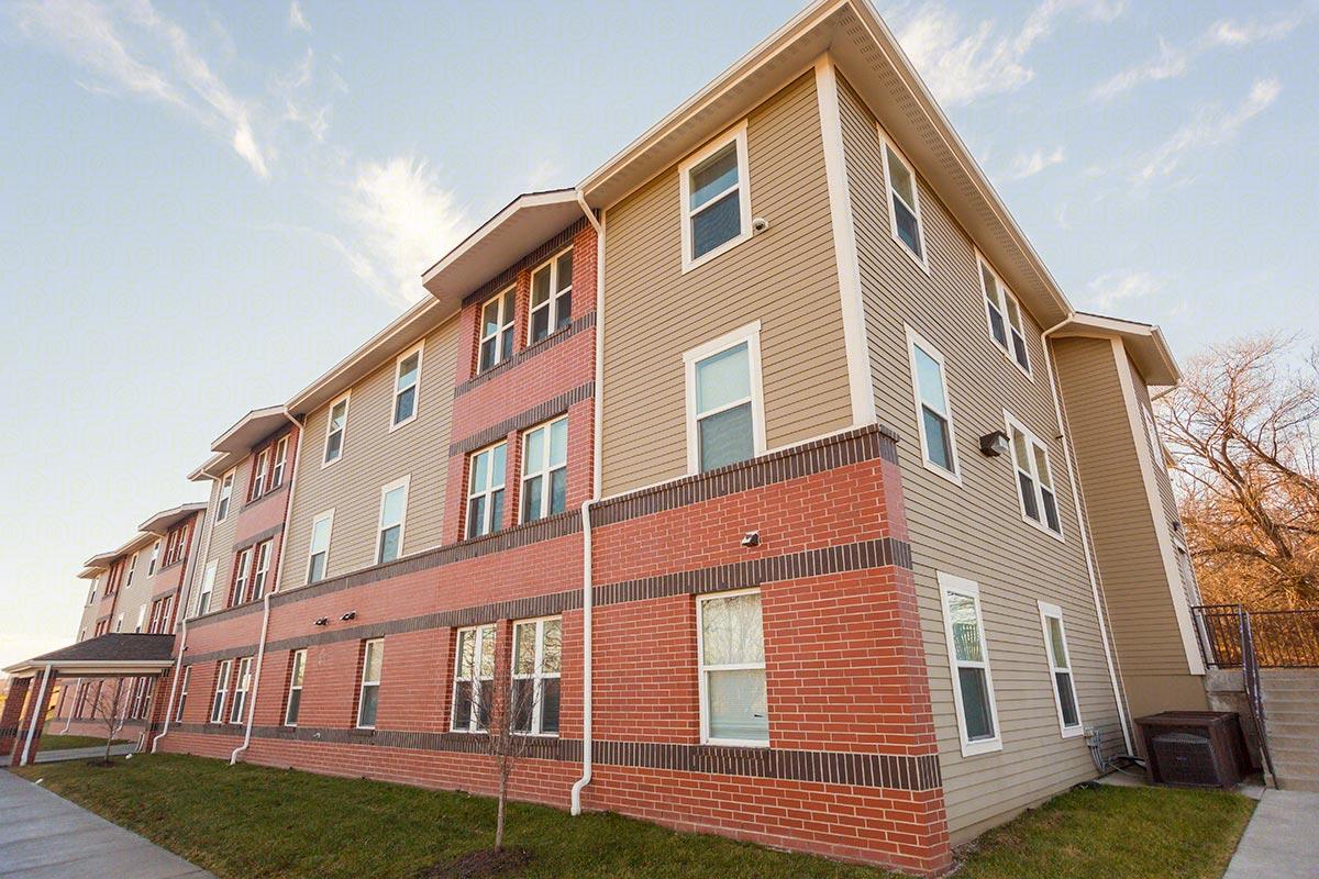 three bed pemberton park apartments kansas city mo