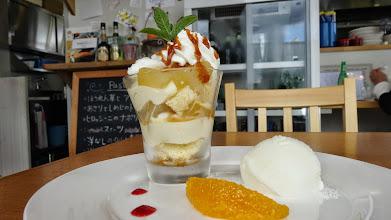 Photo: りんごのキャラメルのパフェミルクジェラート添え@町民キッチン ヒロッシーナ