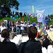 Frieden geht - Blick auf die Straße vor dem Firmengelände von Heckler&Koch.JPG