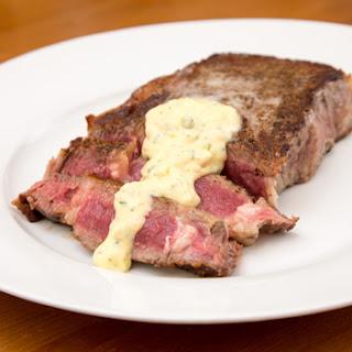 Pan Seared Rib-eye Steak with Béarnaise Sauce