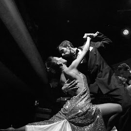El Viejo Almacen by James Rudick - People Musicians & Entertainers ( couple, argentina, dancers, tango, black and white,  )