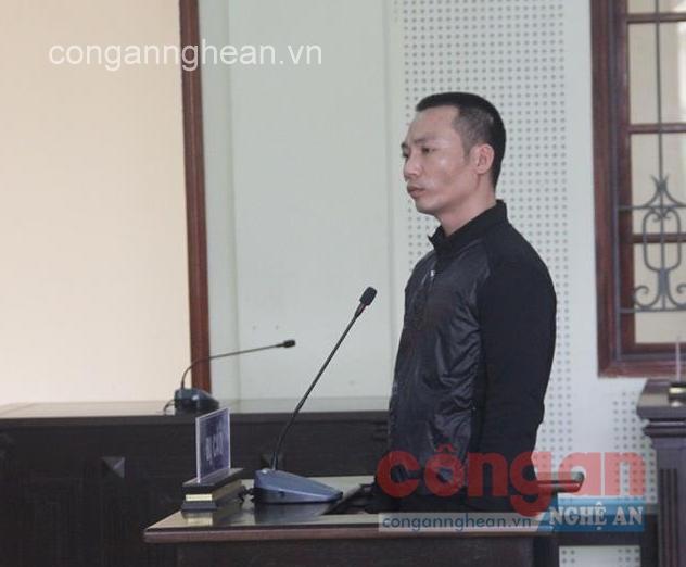 Bị cáo Nguyễn Việt Hùng