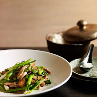 Stir-fried Salt Pork With Garlic Chives And Garlic Stems.