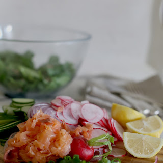 Spinach Salad With Smoked Salmon Recipes