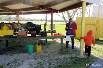 Photo: Donna Greene and grandson    HALS Chili Fest Meet 2014-0227 RPW