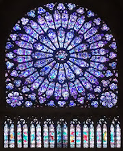 Photo: Notre Dame rose window closeup