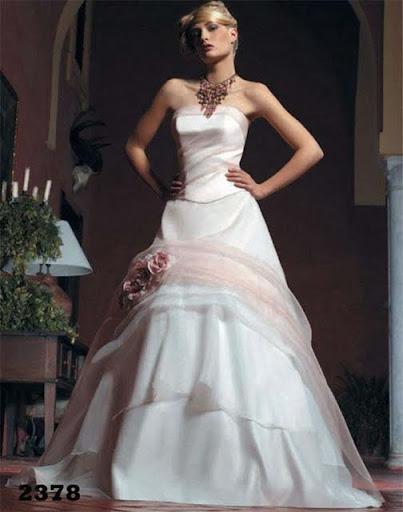 Allure HG77 Wedding Dress
