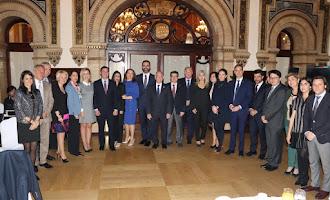 Conferencia en Sevilla del alcalde de la ciudad