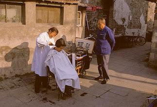 Photo: Barber on wheels ©Joseph Kugielsky