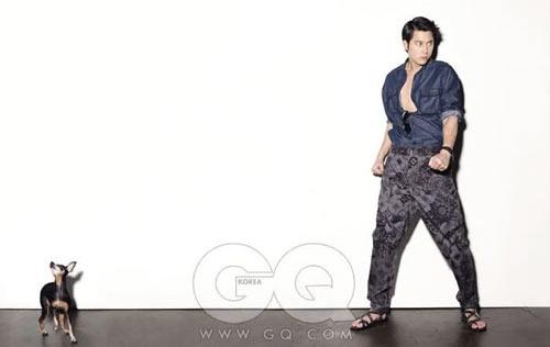 รูปภาพจาก GQ ของ 4 พระเอกหนุ่ม Lee Byung Hoon, Kwon Sang Woo, Jung Woo Sung และ Song Seung Hun