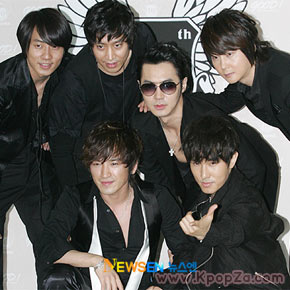 Shinhwa จะกลับมาพร้อมอัลบั้มใหม่ในปี 2012