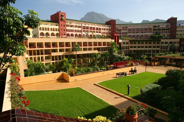 Hotels Near Bh Es
