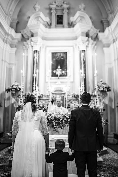 Wedding photographer Leonardo Scarriglia (leonardoscarrig). Photo of 12.05.2019
