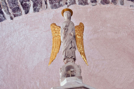 Church-angel-statue.jpg - A statue of an angel above the altar of Kotor Cathedral in Kotor, Montenegro.