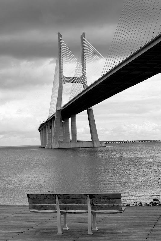 Ponte Vasco da Gama, banco