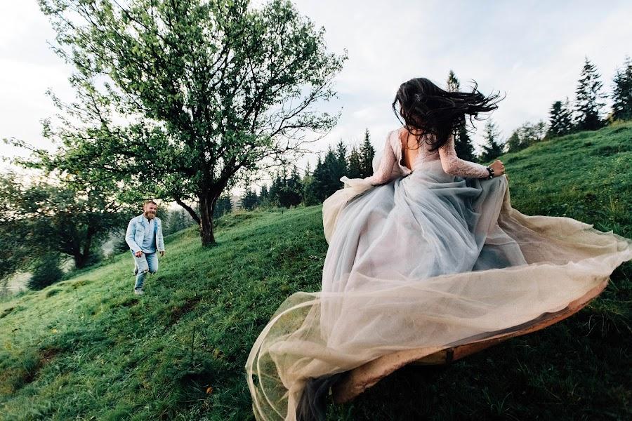 Bröllopsfotograf Aleksandr Korobov (Tomirlan). Foto av 06.12.2018