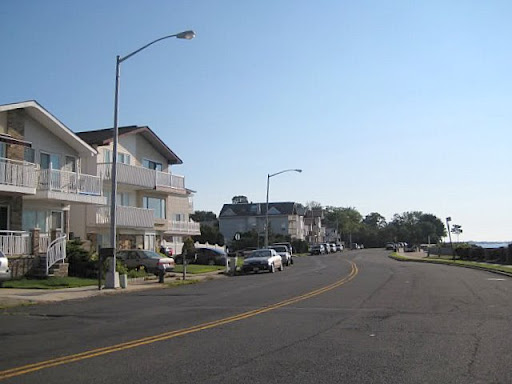 Atlantic Village Eltingville