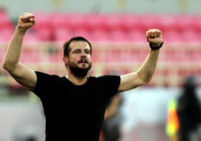 📷 Le coach de Vojvodina, adversaire du Standard, est un sacré phénomène