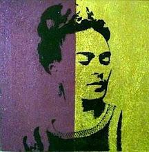 Foto: Frida - Serigrafia su tela lavorata con malta pomice viola/dorata.  NON DISPONIBILE