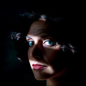 Emily: Light through blinds  by Samuel Burns - People Fashion ( flash, fashion, low light, women, portrait, Chiaroscuro, light, dark,  )
