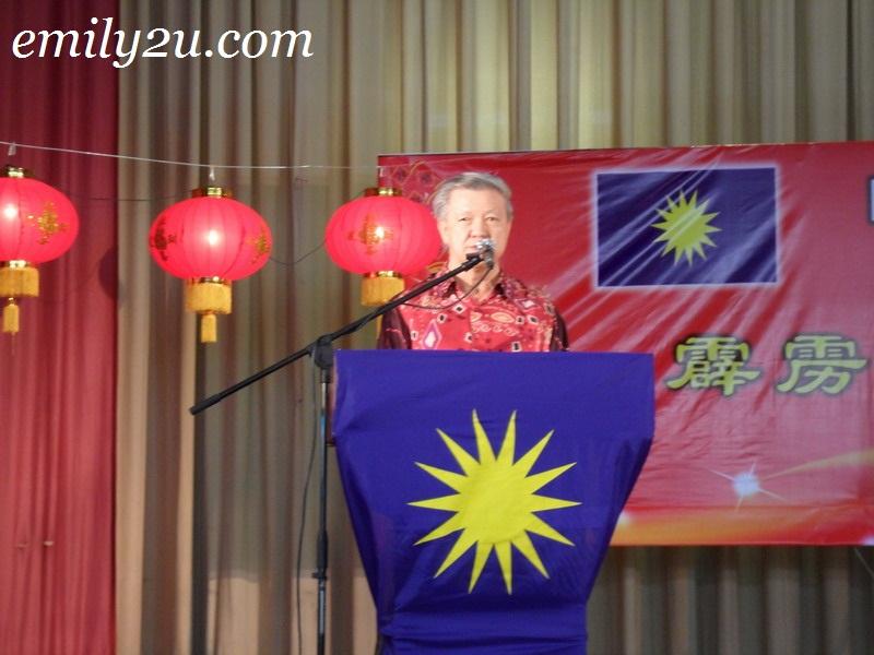 YB Datuk Seri Dr Chua Soi Lek delivering his speech
