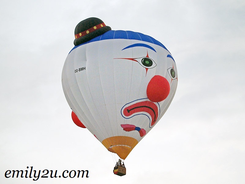 two faced clown hot air balloon