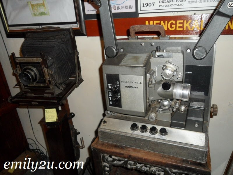 Bell & Howell filmosound projector