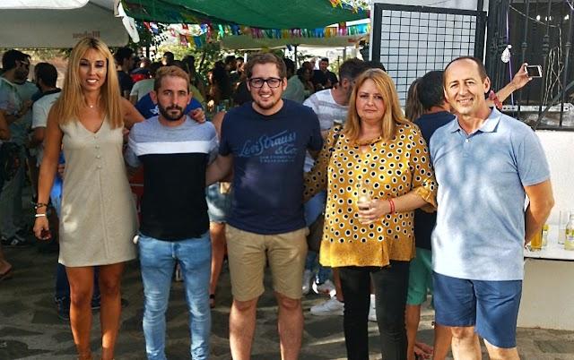 El alcalde, Ismael Gil, junto a los concejales de su equipo de Gobierno.