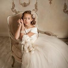 Wedding photographer Yuliya Antusheva (LilitBronte). Photo of 23.12.2014