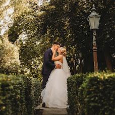 Wedding photographer Joanna F (kliszaartstudio). Photo of 10.12.2018