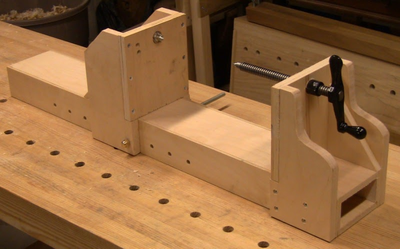 Close Grain Building An Al Breed Carving Vise And Bow Lathe