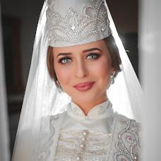 Wedding photographer Georgiy Takhokhov (taxox). Photo of 15.01.2019