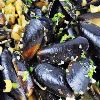 Mussels in Coconut Saffron Cream and Lime Gremolata