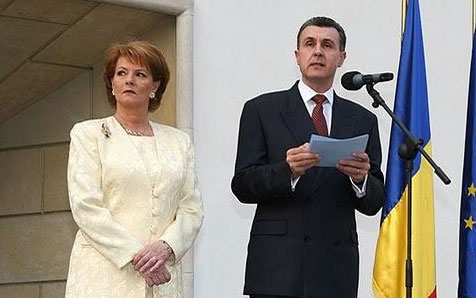 Principele Radu: Instituţia Preşedintelui nu se ocupă, demn şi respectabil, de reprezentarea Statului