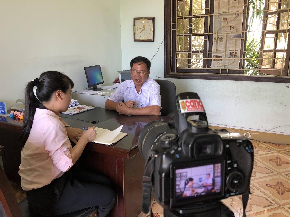ông Đặng Ngọc Bình, Phó Chủ tịch UBND huyện Quỳnh Lưu trả lời phỏng vấn  Báo Công an Nghệ An