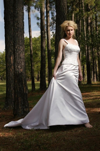 ivory-wedding-outfit