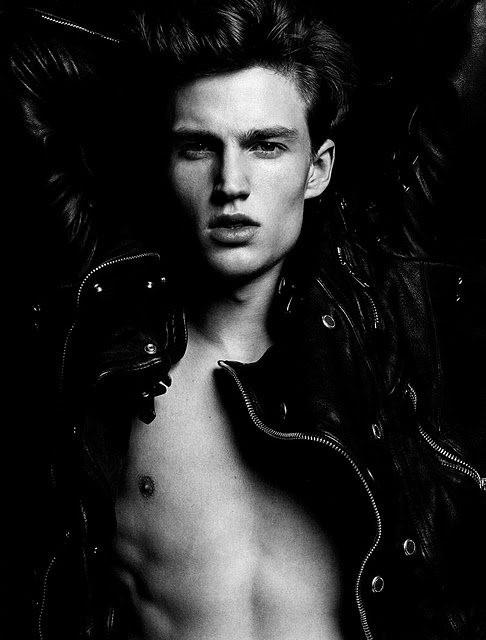 Jules Hamilton by Milan Vukmirovic for L'Officiel Hommes, 2011