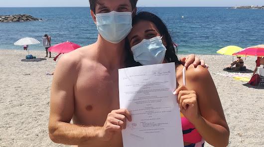 SER Almería finaliza la semana en la playa de Adra al ritmo de Camela