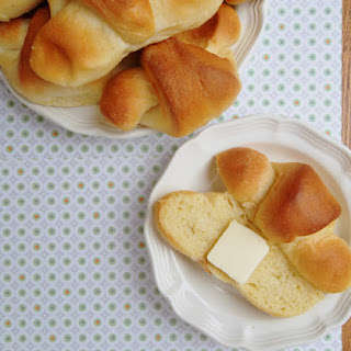 Buttery Cornmeal Crescent Rolls