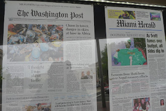 Photo: Its free to see the front pages at the Newseum!