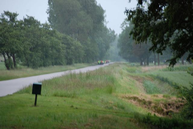 150km Amsterdam-Leeuwarden (NL): 18-19 juin 2011 DSC_0092