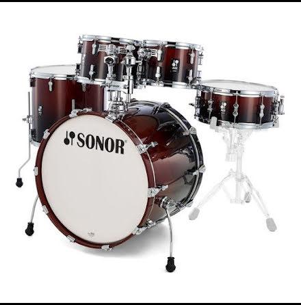 Sonor AQ2 - 20/10/12/14/14s. Finish: Brown Fade