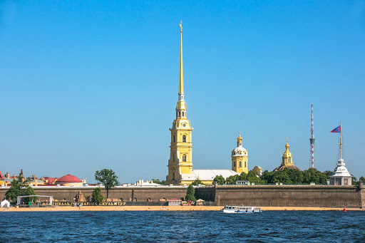 st-peter-and-paul-steeple-on-st-petersburg-canal-cruise.jpg - The steeple of Saints Peter and Paul Cathedral seen during a canal cruise  in St. Petersburg, Russia.