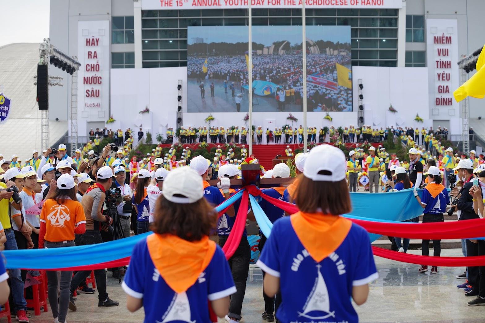 Những hình ảnh đẹp về lễ khai mạc Đại Hội Giới Trẻ giáo tỉnh Hà Nội lần thứ XV tại Thanh Hóa - Ảnh minh hoạ 32