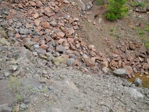 Photo: Pohled z cesty na 2. etáž