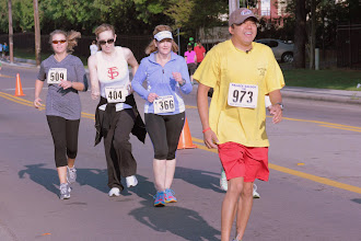 Photo: 509  Angie McPherson, 404  Jennifer Kennedy, 1366  Ann Smith, 973  Clem Novenario