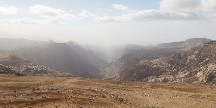 Photo: We stopped by the Wadi Dana overlook on the way to Petra. We would return here later in the trip.