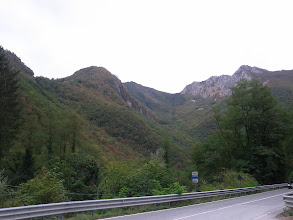 Photo: Views along the road down to Bagni di Lucca