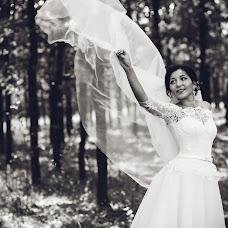 Wedding photographer Yuliya Pozdnyakova (FotoHouse). Photo of 24.10.2017