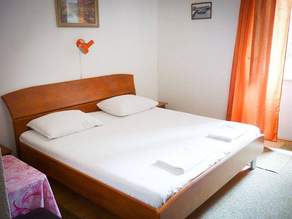 Accommodation Vitaic - Guest House